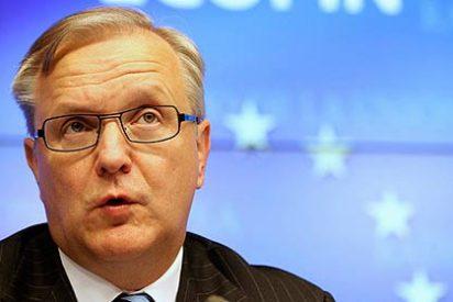 El comisario económico de la UE apoya bajar los sueldos como pide el FMI