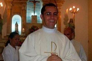 Un sacerdote brasileño anuncia en misa su paternidad