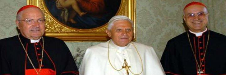 Bertone: La caída del poderoso y polémico Secretario de Estado vaticano
