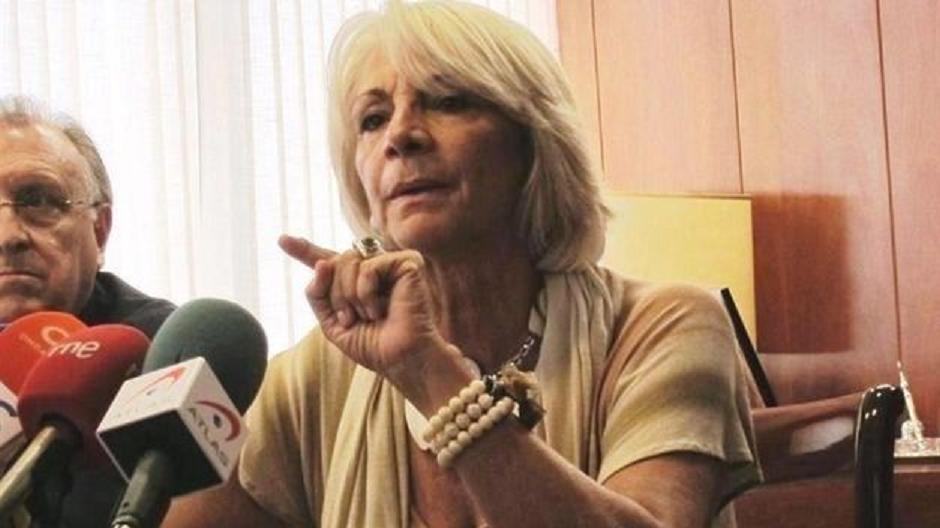 "Twitter carga contra una 'acorralada' alcaldesa Martínez: ""Una bala para Teófila"""