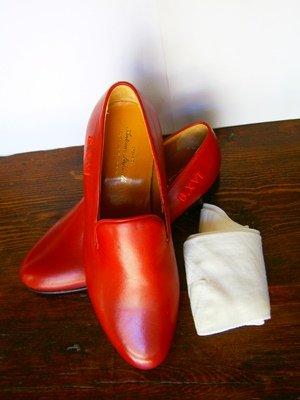 Los zapatos negros de Ramón