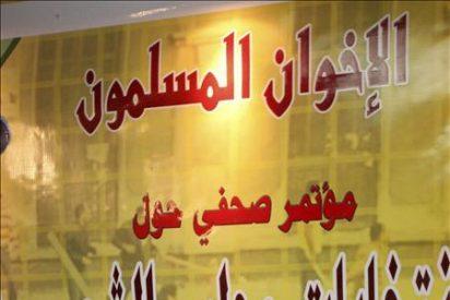El líder de los Hermanos Musulmanes sufre un ataque al corazón en la cárcel