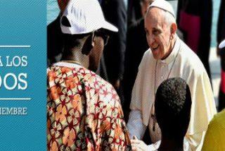 El Papa Francisco visita un centro de refugiados en el corazón de Roma