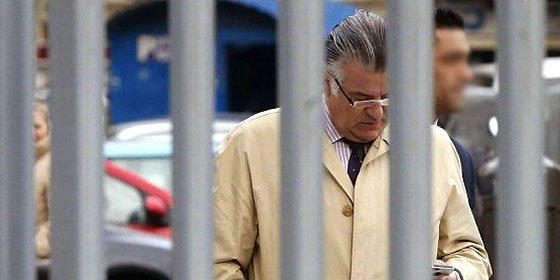 Bárcenas se chulea desde la cárcel y le da por comprar un coche de alta gama de 92.000 €