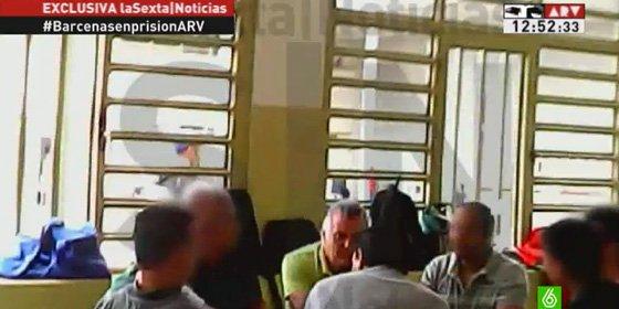 Entre tramposos anda el juego: Bárcenas comparte naipes con algunos mafiosos de Gao Ping en Soto del Real