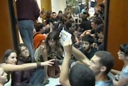 [Vídeo] A siete 'okupas' de la conselleria de Educación les piden un año y medio de cárcel