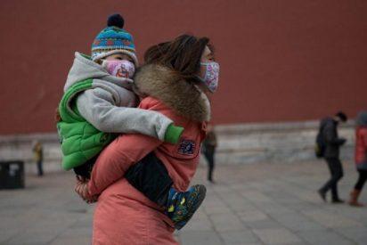 """Una china hizo creer a su hija durante 10 años que su madre estaba muerta """"por mimada"""""""