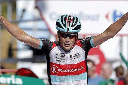 El 'abuelo' Horner deslumbra en Peña Cabarga y se pone a tres segundos de Nibali
