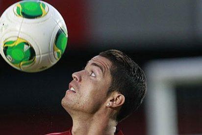 Un gigantesco Cristiano Ronaldo mete a Portugal en el Mundial, mientras Gareth Bale va de suplente