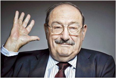 """Umberto Eco: """"Francisco es el Papa de la globalización"""""""