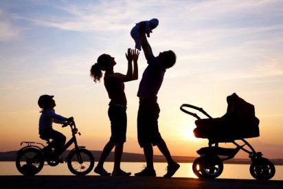 """Francisco: """"La familia, fundamento de la sociedad"""""""