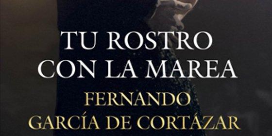 Amor, espionaje, traiciones e intrigas políticas en la primera obra de ficción de Fernando García de Cortázar