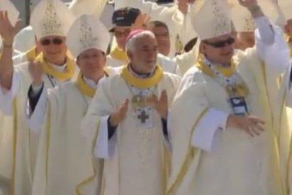 """El Papa, a los nuevos prelados: """"Eviten el escándalo de ser 'obispos de aeropuerto'"""""""