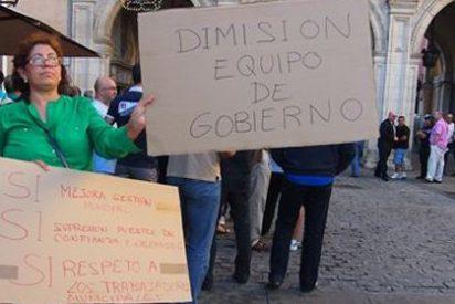 Unas 200 personas piden la dimisión del Equipo de Gobierno de Cuenca