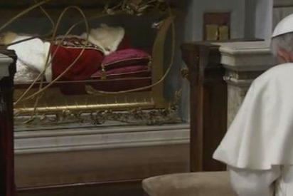 """El """"Papa bueno"""" que abrió la Iglesia al mundo"""