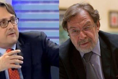 """Marhuenda manda un mensaje a Cebrián: """"Me atacan por estar con Rajoy los que estaban con Franco, dirigiendo los telediarios de TVE"""""""
