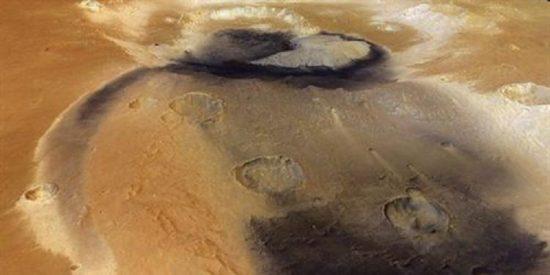 Un enorme y misterioso cráter en Marte pudo ser un lago en un tiempo remoto