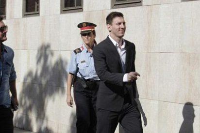 Messi, que llegó a los Juzgados entre gritos de 'Campeón' y 'Presidente', asegura ser ajeno a la gestión tributaria