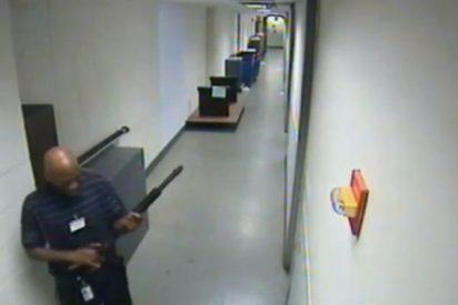 [Vídeo] El pistolero de Washington a punto de cometer la masacre escopeta en mano