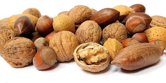 ¿No come frutos secos a diario? Pues debería, porque disminuyen los riesgos cardiovasculares