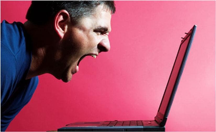 ¡Ojo! Si no parpadea 15 veces por minuto frente al ordenador acabará 'al rojo vivo'