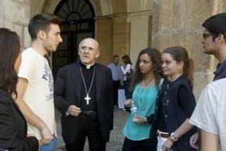 """Osoro: """"La Iglesia no puede permanecer en silencio, debe alzar la voz pidiendo la paz"""""""