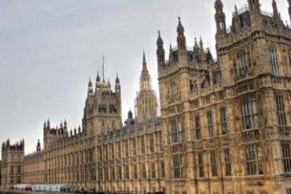 En el Parlamento británico están que se salen con la pornografía: 300.000 intentos de acceso