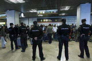 Le quitan la subvención para la comida a los policías y guardias civiles en los aeropuertos