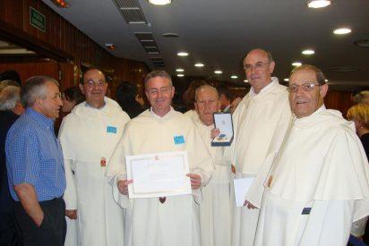 Medalla de oro al mérito social a los Mercedarios