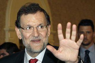 Rajoy no contiene su emoción y adelanta que el dato del paro en agosto es el mejor desde 2000