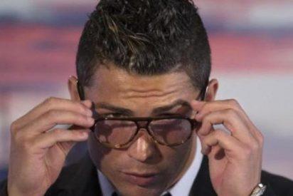 [Vídeo] Las gafas de pasta de Cristiano Ronaldo dejan bizco a más de uno
