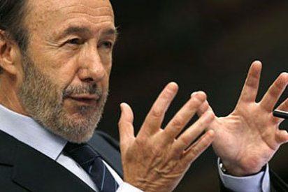 Rubalcaba se enreda en el mismo error táctico que le hizo perder las elecciones a Rajoy en 2008
