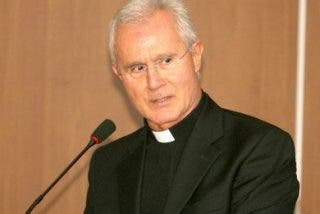 """Scarano denuncia la existencia de un """"banco paralelo"""" en el Vaticano"""