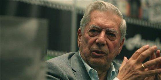 """Vargas Llosa: """"Las dictaduras me indignan tanto como en mi juventud"""""""
