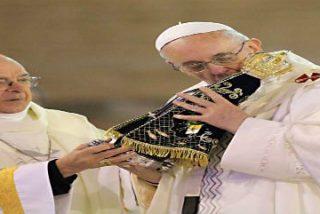 """Francisco: """"Hoy necesitamos la dulzura de la Virgen"""""""