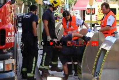 """[Vídeo] Tira a su bebé recién nacido a un contenedor de basura en Palma """"porque no tenía padre"""""""