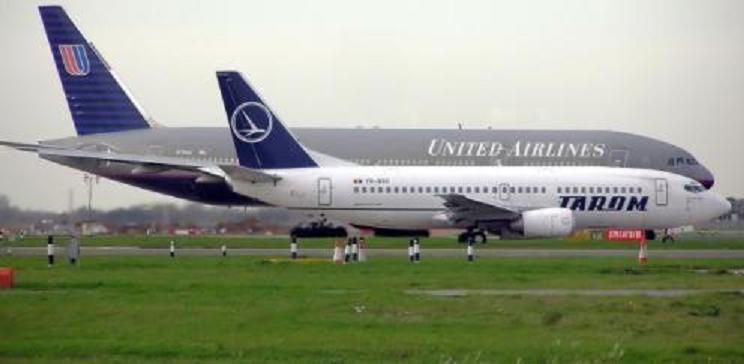 El piloto muere de un infarto en pleno vuelo y piden ayuda a los asustados pasajeros