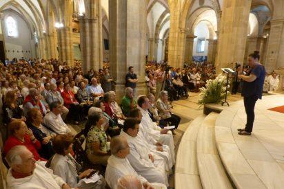 """El obispo de Santander anima a fomentar """"una cultura vocacional"""""""