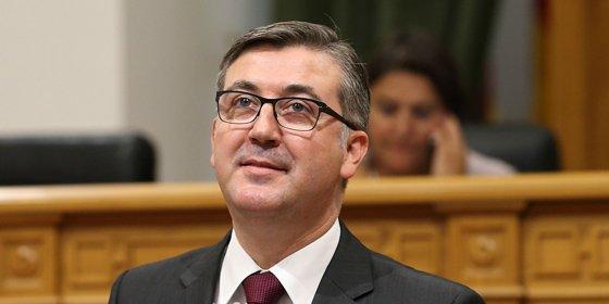 El PSOE hace suya la guerra del rector pero Marín lo corta: no pueden ir de salvadores