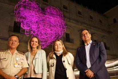 El corazón de Farcama ilumina ya la fachada norte del Alcázar de Toledo