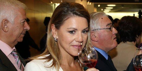 """Cospedal asegura que la Cumbre Internacional del Vino """"está siendo un éxito"""""""