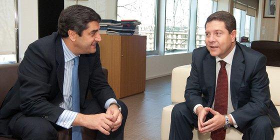 Echániz pide a Page colaboración institucional para construir el nuevo hospital