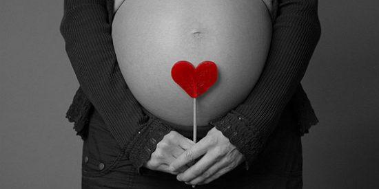 Una mujer con siete hijos le da la sorpresa padre a su 'encantado' marido: ¡Estoy embarazada de 13 bebés!