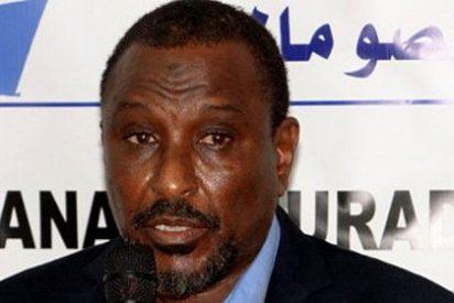 El vanidoso 'Rey' de los piratas somalíes cae como un pardillo en una trampa de cine