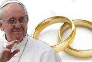 Francisco anima a la Iglesia a acercarse a los matrimonios separados o en crisis