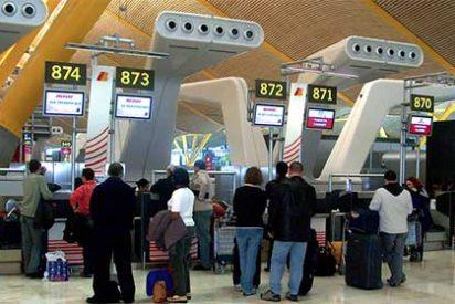 La Comunidad de Madrid le pone las cosas claras a Aena por la caída de pasajeros de Barajas