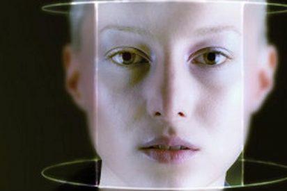 ¿Por qué todos tenemos rostros diferentes y no vamos por ahí confundiendo al personal?