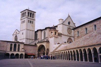 Más de cien mil fieles acompañarán a Bergoglio en su visita a Asís