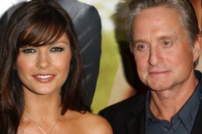 Michael Douglas vuelve a conquistar a Catherine Zeta-Jones y ya viven juntos otra vez