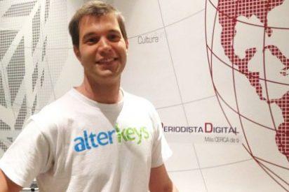 [VÍDEO-ENTREVISTA] El español que montó su empresa en 24 horas desde el sofá con un teléfono, un ordenador y 50 libras